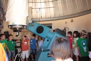 UT telescope